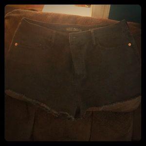 Wild fable black denim shorts size 16 *NEW*